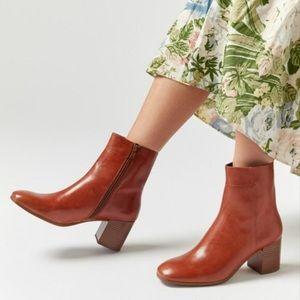 Vagabond Nicole Boots